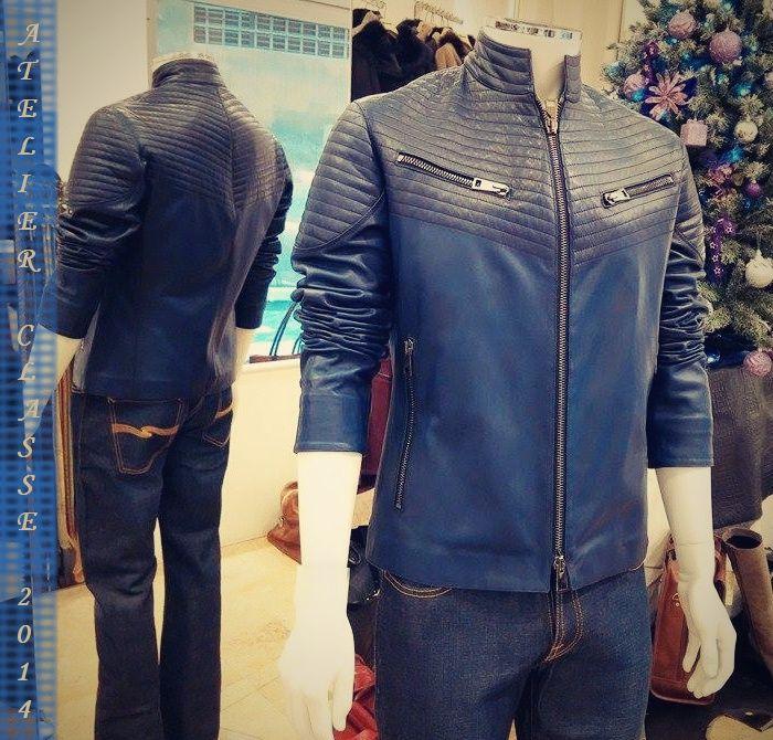 #Italy #Florence #SantaCroce #Leather #AtelerClasse #handmade #bags #shoes #leatherjackets #shearling  www.atelierclasse.com