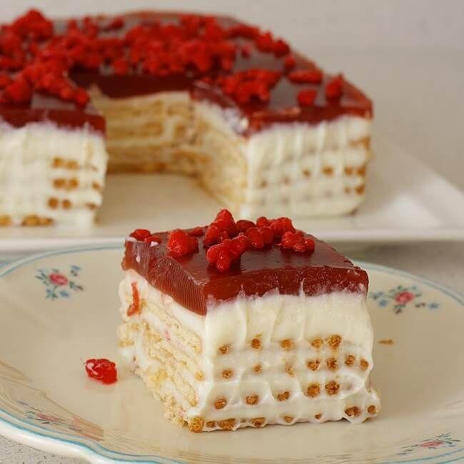 Bisküvili Pasta