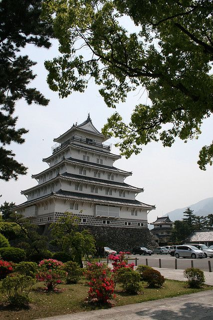 Shimabara Castle in Nagasaki Prefecture, Japan (by perkunas).
