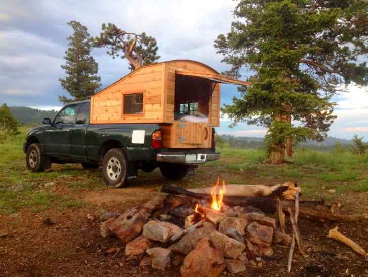 Tuffli Built truck camper at campsite                                                                                                                                                                                 Mehr