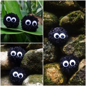 des pompons + des yeux = des noiraudes ! #totoro