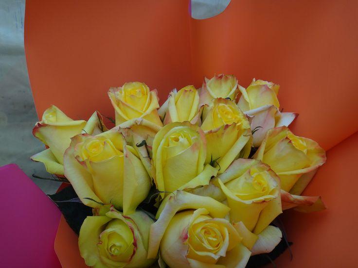 Bouquets de rosas amarillas