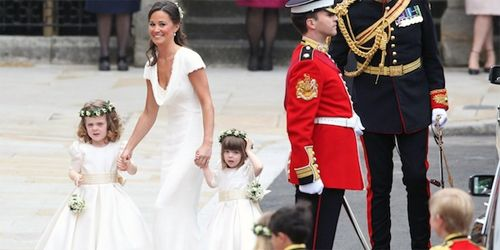 Since news broke that Pippa Middleton (sister of Kate, the Duchess of Cambridge) and her mother Carol enlisted Portuguese shoe manufacturers Helsar to create their footwear for the Royal Wedding, interest in the company has rocketed.