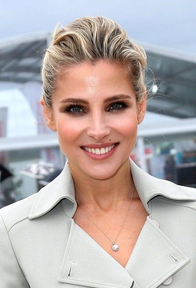 I wish i had Elsa Pataky's cheeks
