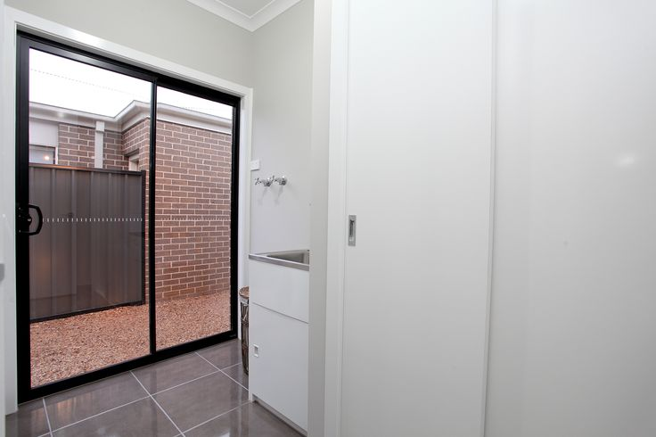 Multiple living areas and three bedrooms gives everyone the freedom to relax in this smartly designed home. Visit: www.mimosahomes.com.au Call: 1300 MIMOSA