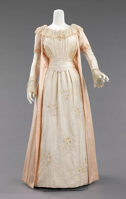 """Tea Dress ca. 1885 via The Costume Institute of The Metropolitan Museum of Art """"Artistic dress had its roots in mid-Victorian England, where Pre-Raphaelite artists, with their love of things medieval, and disdain of industrialized society, revived a version of the loose fitting, relatively plain gowns of that time. Its successor, Aesthetic dress, drew from the same design, but not philosophical, resources. In 1884, Liberty & Co. hired Edward William Godwin, an architect and proponent o"""