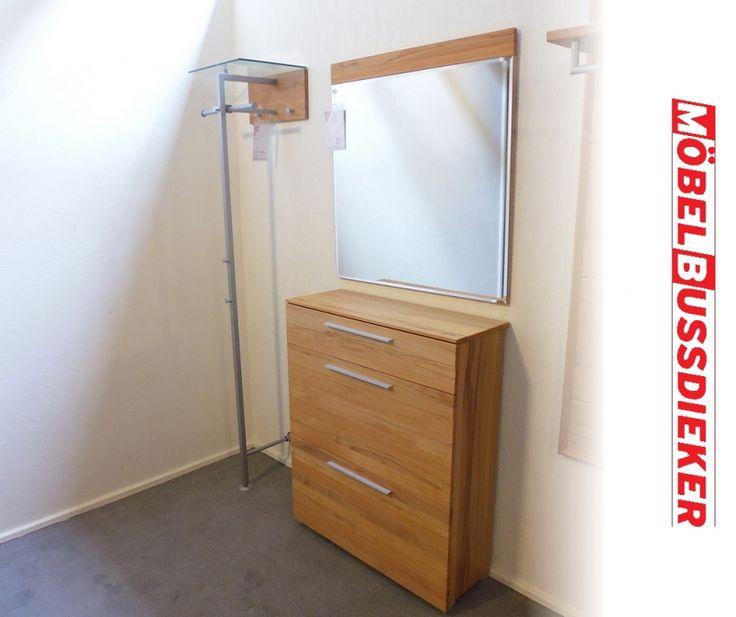 die t r geht auf der gast tritt ein der flur pr gt den ersten eindruck den besucher von. Black Bedroom Furniture Sets. Home Design Ideas