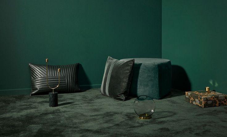 AYTM - Sanati pude - Velour - Forest - Globe vase - lysestage - grøn - indretning - pynteting - accessories - boligindretning - stue