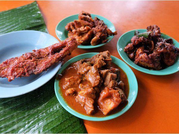 Best Halal Lunch Spots at Medan Selera Stadium Ipoh