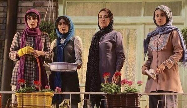 ساناز طاری بازیگر سریال پدر و شمعدونی از ایران رفت تصاویر Fashion Nun Dress Dresses