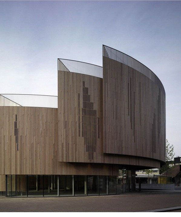 Pavilion in roosendaal by ren van zuuk architekten for Architecture courbe