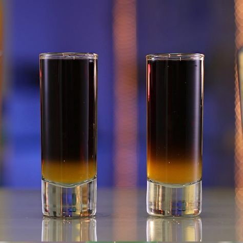 BLACK PANTHER SHOT Hennessy Alize Gold Black Vodka Sprinkle Gold Luster Dust PREPARATION 1. In a shaking glass combine hennessy, alize gold and luster dust with ice. Shake well to mix. 2. Strain mix into base of shot glass before layering black vodka on top. DRINK RESPONSIBLY!