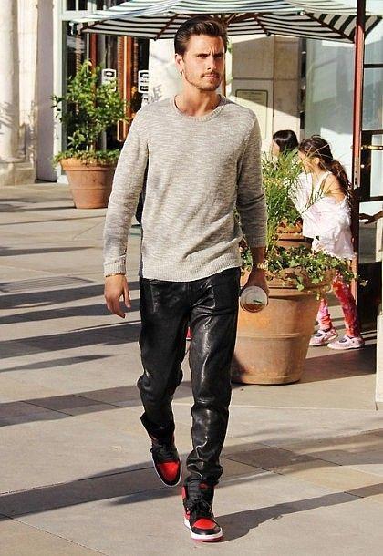 la-modella-mafia-Menswear-Chic-street-style-Scott-Disick-a-la-Kanye-West-in-leather-pants-1