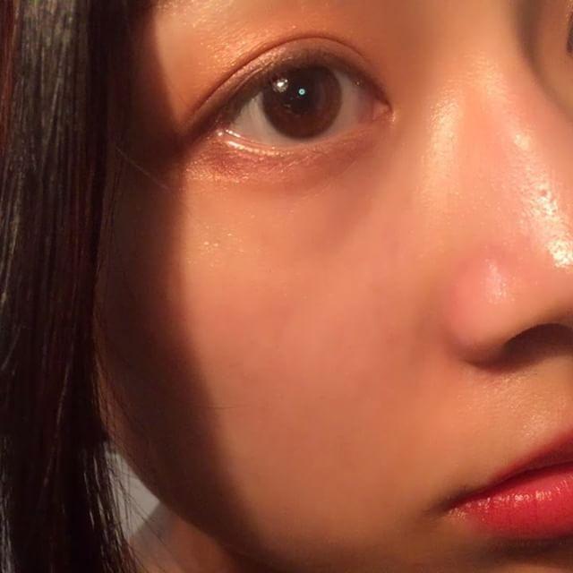 私は #ナチュラル につけてみたよ。*途中ボケててごめんなさい😢 #myeyeshadow  肌馴染み良くて普段使いにも🙆しっかりつけるとパレットのそのままの #発色 がきちんと☆ #デザイニングカラーアイズ #suppu . . ちなみに #眉毛 もSUQQUです^^ #ボリュームアイブロウマスカラ 03 #キャラメル . . . #メイク動画#メイク#コスメ#cosmetics#スック#naturalbeauty#eyeshadow#eyemakeup#アイメイク#スック#ヘルシー#me#美眉#naturalmakeup#madeinjapan#動画#movie#ツヤ肌#コスメ好きさんと繋がりたい Natural Beauty from BEAUT.E