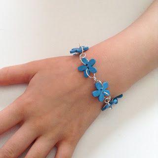 Leonora.fi: Söta, somriga smycken för barn