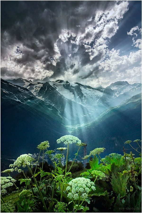 RadianceLights, Russia, Mountain, Sun Ray, Gorgeous Sunris, Green Nature, Beautiful Landscapes, Places, Nature Beautiful