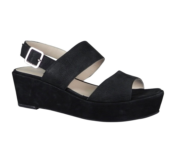 """the only kind of """"high"""" shoes I'll probably wear for the rest of my life :-/ but cute: Black Chunky, Introducing Fennel, Black Leather, Flatform Design, Wittner Shoes, High Shoes, Fennel 13995, Fennel 139 95, Chunky Platform"""