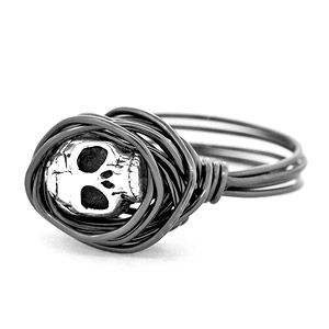 Sinister Skull Ring | Fusion Beads Inspiration Gallery