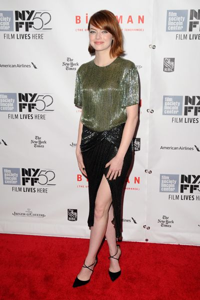 Emma Stone Is A Dead Fish In Bed