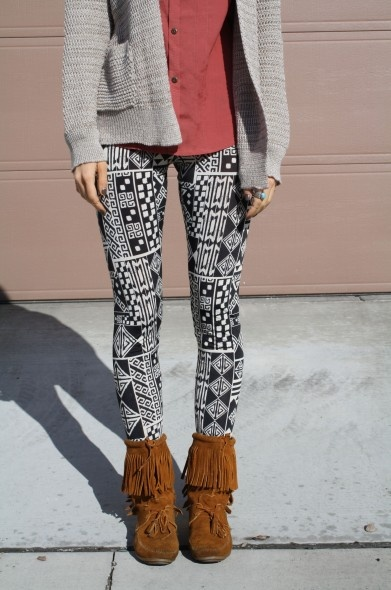 ::Greek Aztec Leggings:: #stylelately @StyleLately
