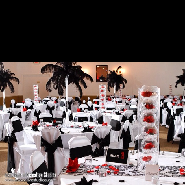 17 best images about movie themed centerpieces on for Table 9 movie