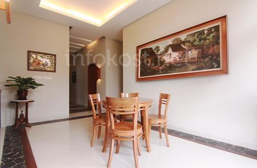 AntenesidjiTEN Residence's coffee & tea table