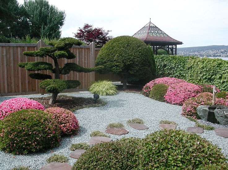 25 beautiful modern japanese garden ideas on pinterest japanese modern house small japanese - Gartenbeet modern ...