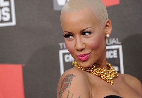 no one else can rock a shaved head like amber rose