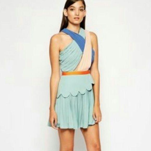 Three floor dress New with tags us0. Uk 4.  Xxxs Three floor Dresses Mini