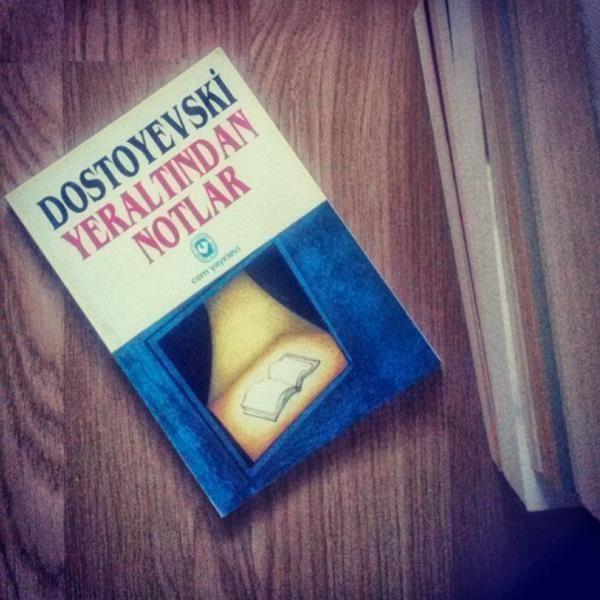 Yeraltından Notlar,Antika kitaplar kategorisinde yer alan Yeraltından Notlar Dostoyevski'nin dünya genelinde klasikler arasında yer almış olan kısa romanıdır.