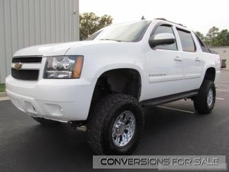 Lifted 2007 Chevy Avalanche Truck For Sale