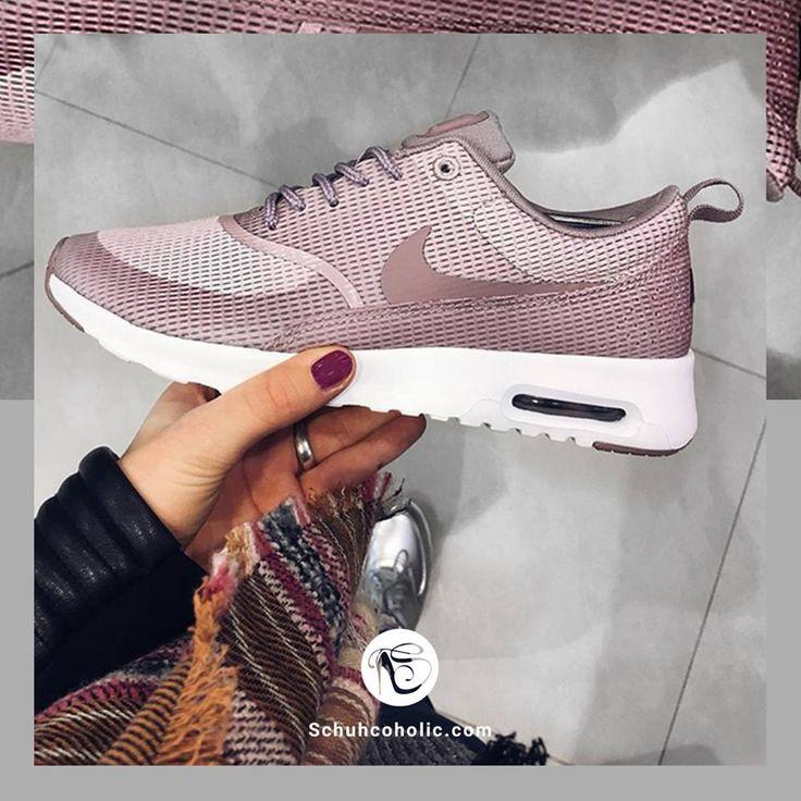 Den absoluten Trendschuh von Nike gibt es jetzt auch in rosa!