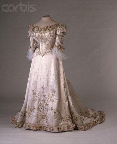Russian evening dresses