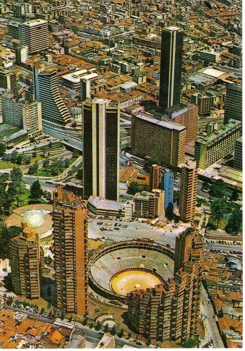 Torres del Parque, Bogotá, Colombia, Rogelio Salmona, 1965-70