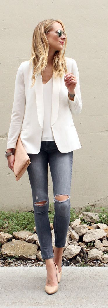 Street style | White top and jacket, jeans, heels, clutch