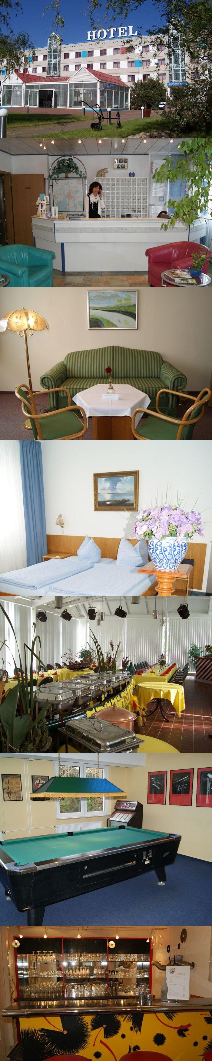 """Hotel Horizont in Neubrandenburg, Mecklenburg-Vorpommern, ca. 135km nördlich von Berlin. Die """"Stadt der vier Tore""""."""