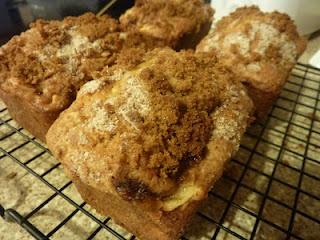 Apple Streusel Bread: Breads Recipe, Streusel Breads, Yummy Recipe, Food Yumm, Kimmy Kitchens, Apples Streusel, Breads Something, Apples Recipe, Kimmi Kitchens