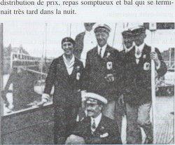 Virginie Hériot et son équipage victorieux aux Jeux Olympiques de 1928