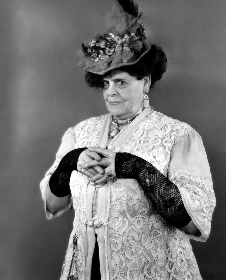 "Marie Dressler. ""I'm proud of my wrinkles. I've earned every single one of them."" 1930's."