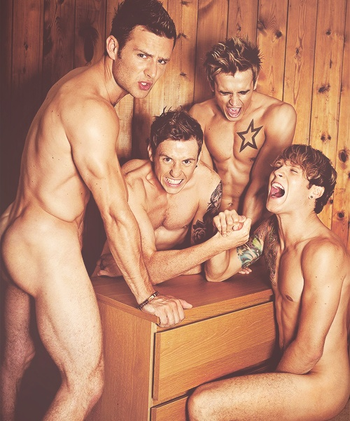 "Hahahahahahahahahah NAKED MCFLY >>> thought to myself ""who would repin such a thing?"". Then realised that I would TOTALLY repin such a thing,"