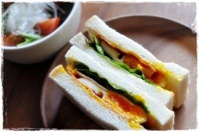 半熟卵のサンドイッチ