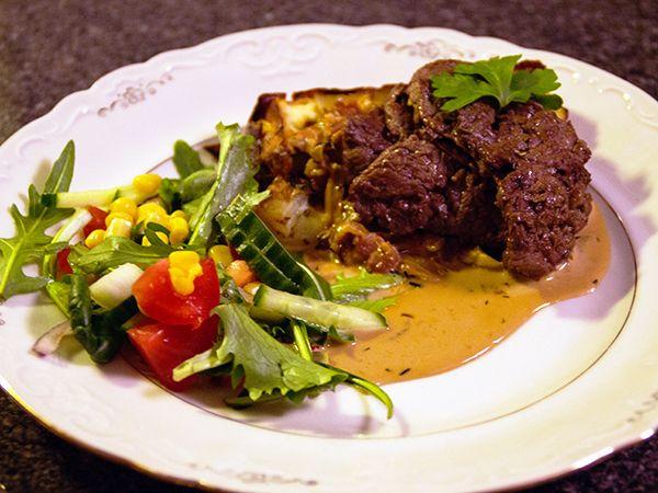 Stekt älgfilé och potatisterrin med chèvre
