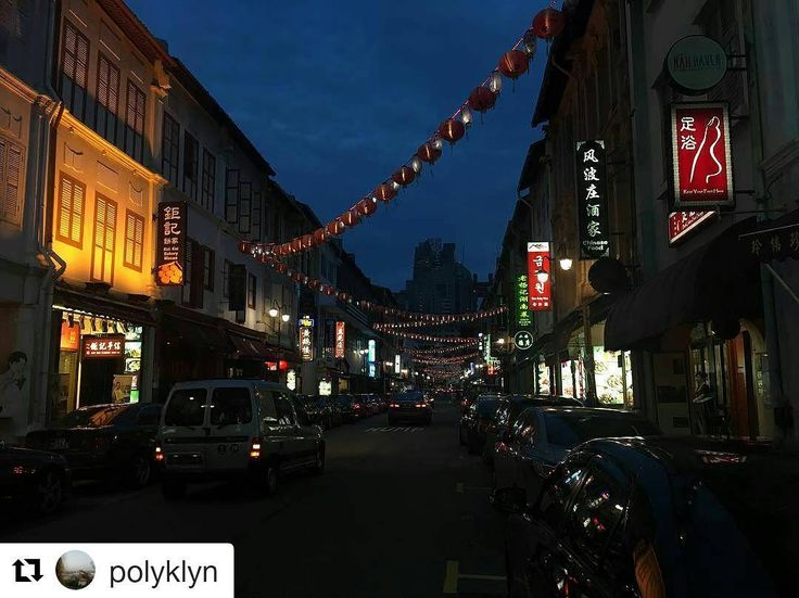 Chinatown in Singapore is a very special place with night markets lights and food. Thank @polyklyn for sharing and you are the 2nd winner for our contest! PM us for your 50% off code! ... #chinatown #singapore #中国成 #food #lights #travel