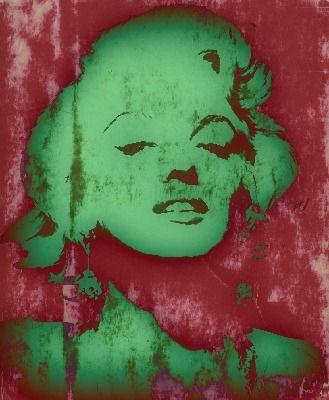 Marilyn 3 by RazorbladeRomanceVNM.deviantart.com
