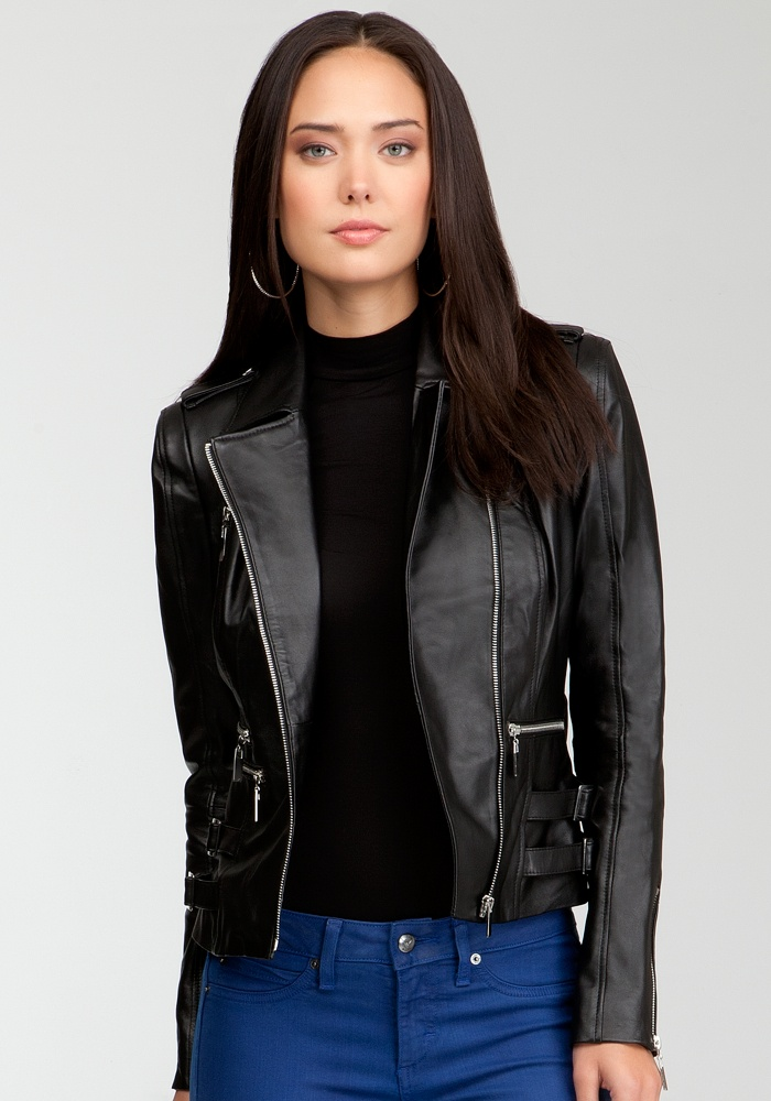so beautiful!Happy Birthday, Claire Leather, Black Leather, Crop Jackets, Leather Moto, Bebe Leather Jackets, Bebe Claire, Moto Jackets, Black Moto