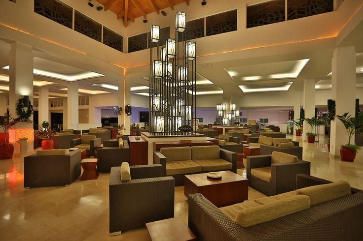 Lobby hotel Valentin Perla Blanca in Cayo Santa Maria, Cuba. Cayosantamariacuba.net