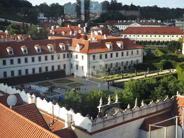 KISSBOOK: The Augustine hotel