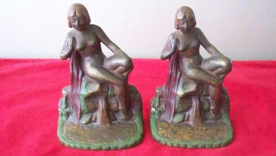 Antike Kunst Nouveau nackt Buchstützen paar Gusseisen Bronze Ton kalt bemalte Art-Deco-Ära viktorianischen Dekor