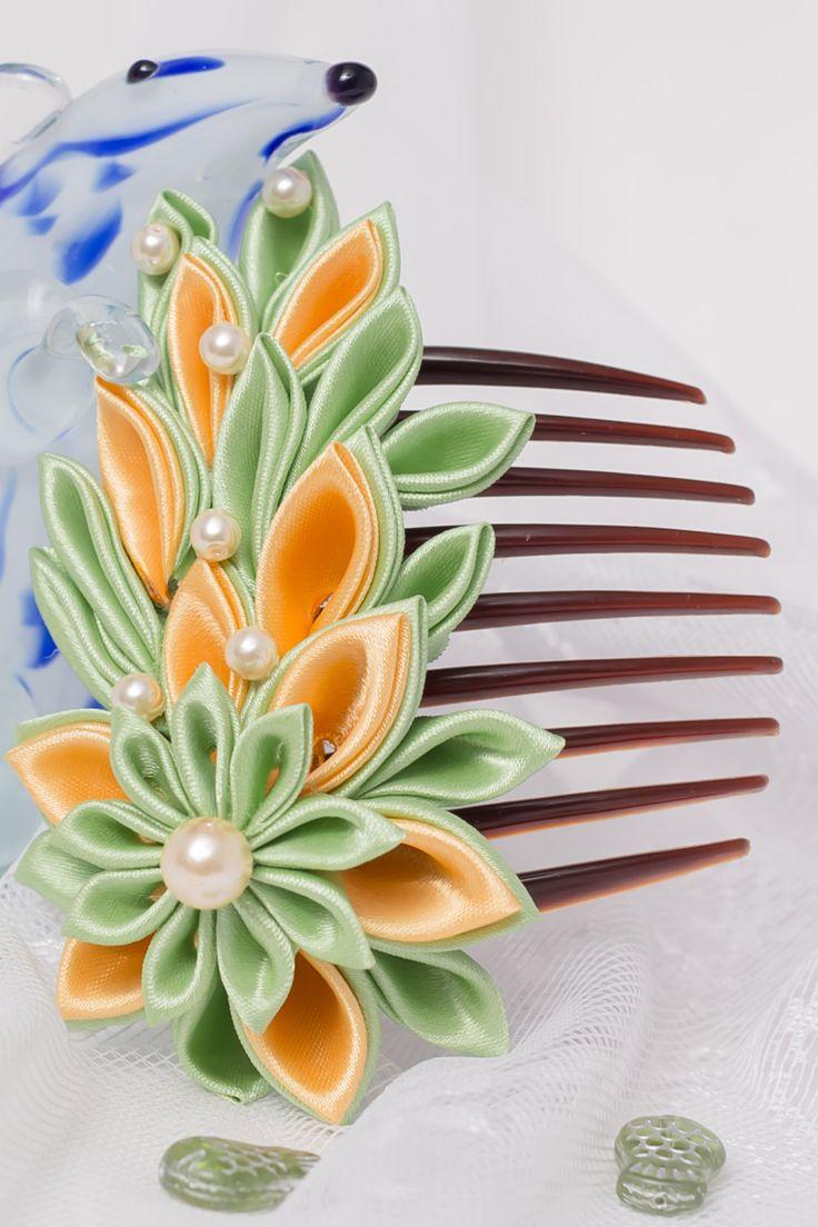green-yellow flower hair comb kanzashi por StudioBeRi en Etsy