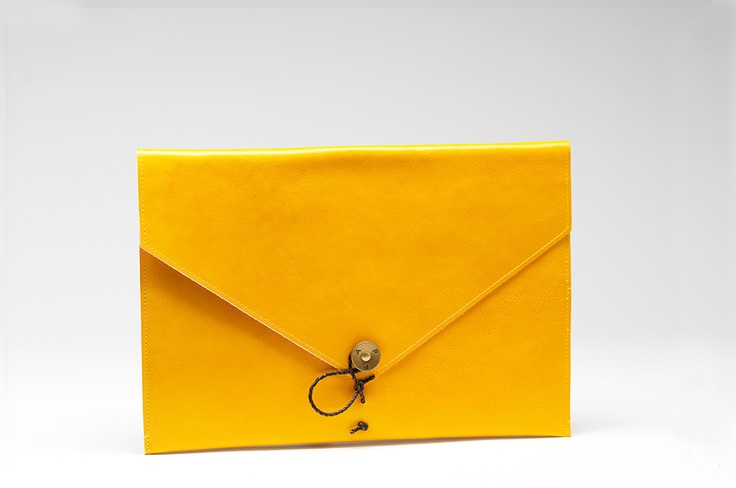 iPad Cover Leather Yellow -  P.A.P